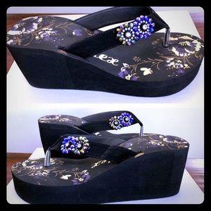 Shoes - Summer Ready - Wedge Sandal w/ Rhinestones. New